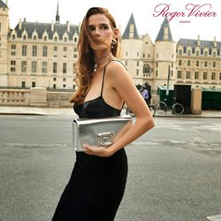 Roger Vivier deals in the Roger Vivier catalog ( More than a month)