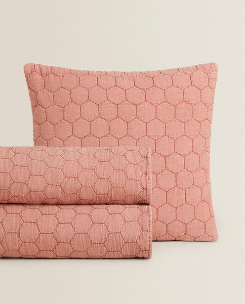 Lightweight Geometric Quilt deals at $59.9