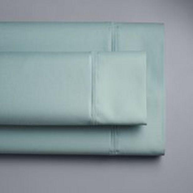 Simply Vera Vera Wang 800 Thread Count Egyptian Cotton Sheet Set or Pillowcases deals at $89.99